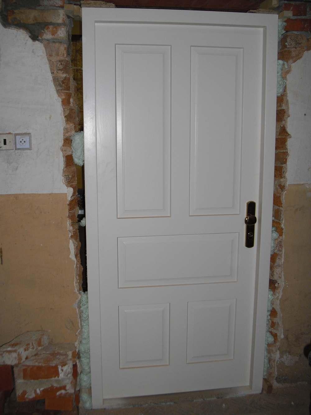 Interiérové dveře, prosklené stěny